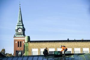 När Nolans tak undersöktes i slutet på förra veckan upptäcktes att det inte är tjänligt längre. Om ett år kommer Nolan att ha nytt tak, och då kan lokalen användas igen.