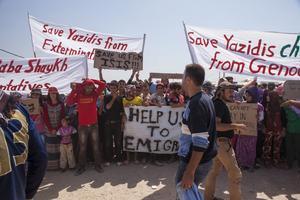 Krig och människor på flykt är hjärteskärande nog en  historia som fortsätter att upprepar sig. Foto: Hogir Hirori