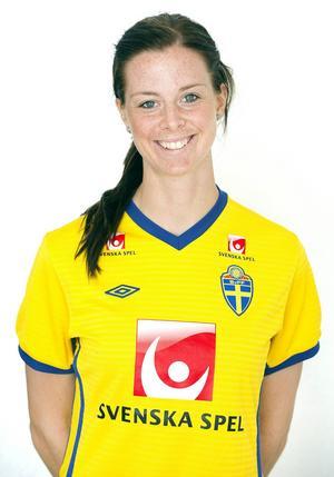 Lotta Schellin, en av landslagets mest rutinerade och välkända profiler, har hunnit bli 31. Hon spelar för franska Olympique Lyonnais.
