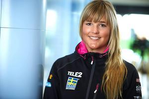 Anna Holmlund har startat säsongen på ett storartat sätt. Hon var bäst i kvalet och strax efter sig hade hon kollegan Sandra Näslund.