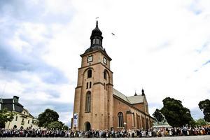 Kristine kyrka, en viktig plats för många. Andra utövar sin tro på annat håll och har givetvis rätt att göra det.
