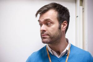 Laboratoriemedicins chef Joachim Lindgren slutar efter oenighet om ledarskap.