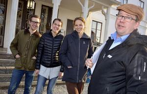 Erik Löfgren från LRF Västernorrland (närmast) var jättenöjd med resultatet av mjölkmötet i västra Medelpad.