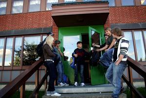 Väl godkänt. Skolan i Hallsberg förbättrade resultaten i fjol, och budgeten gick ihop.