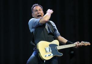 Bruce Springsteen återvänder till Sverige för en konsert på Friends arena utanför Stockholm i maj.