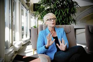Ny som minister. Elisabeth Svantesson efterträder Hillevi Engström som arbetsmarknadsminister. I onsdags var hennes första dag på jobbet. Arkivfoto: Annika af Klercker/Scanpix