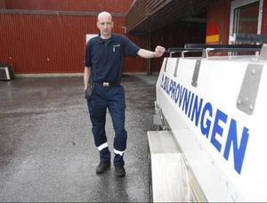 – Jag känner mig helt lugn inför framtiden. Vi har 40 års kompetens när det gäller att besiktiga bilar, säger Tommy Persson