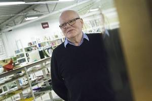 Lars-Erik Pherzon öppnade butiken för 20 år sedan. I maj lämnar han Erikshjälpen men fortsätter med ideellt hjälparbete.