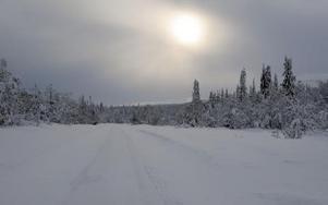 På vänster sida ligger Lillådalens naturreservat och nu kommer även Drevfjällets reservat att hamna strax intill vägen mot Gördalens nordvästra sida. Foto: Nisse Schmidt
