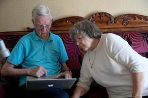 Sveriges Seniorer använder internet, sociala och digitala medier i stor utsträckning.Foto: Anders Wiklund / TT