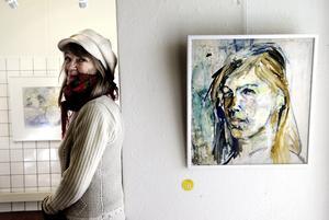 Dubbel upplaga. Hedemorakonstnären Gertrud Gidlund i en återblickande utställning.
