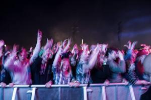 Publiken på DJ:n Calvin Harris spelning på Bråvallafestivalen 2015. Arkivbild.