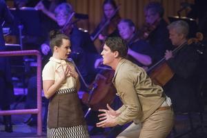 Frida Johansson och Philip Björkqvist gör övertygande gestaltningar av Susanna och Figaro.