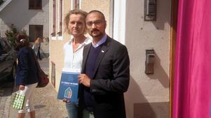 Södertäljes kommunalråd Boel Godner (S) och Johan Ward, sakkunnig inom asyl- och flyktingfrågor, presenterade under onsdagseftermiddagen ett nytt förslag för flyktingmottagande.