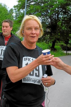 Eva Nilsson, Frisk Sala Kommun, sprang Silvermilen.