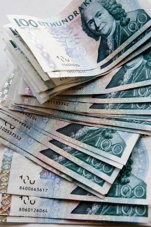Sundsvall energi skänker nu 27 810 kronor till lekterapin på Sundsvalls sjukhus.