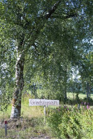 Deras gård har fått namnet Grindstugan av Johns syster som bor i nästa by.