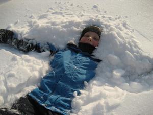 Mattias Bortmyr tar en paus i snön