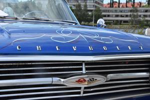 Ann Sjöbergs blåa Chevrolet.