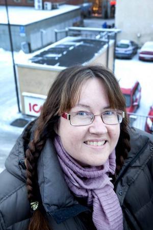 Maria Flink samlar i pengar till fattiga i Ghana, och anordnar bland annat en loppis i Östersund 25 januari.