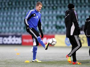 Robert Hammarstedt under en träning med GIF Sundsvall.