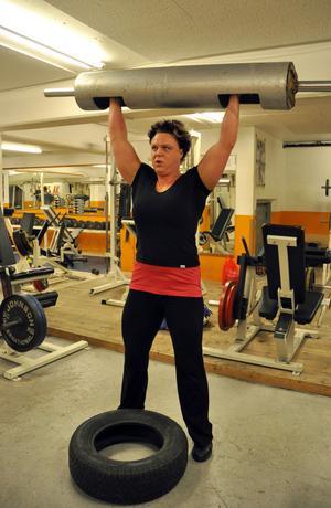 Om en månad ska Anki Öberg tävla i VM. Hennes högsta prioritering inför VM är att kurera sin förkylning.