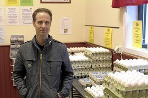 Martin Smedjeback, djurrättsaktivist från Tomma burar.
