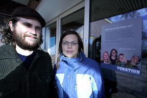 Från vänster projektledare Jerker Häggström och Emelie Höglin som båda ser fram mot Yunation som startar den 3 november i Söråker och har lockat 150 ungdomar från Finland, Norge och Sverige.