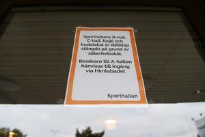 Taket på Sporthallen är skadat.