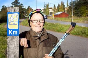 Karin Grönlund från Lugnvik vill uppmuntra andra att börja motionera. Själv föredrar hon stavgång, cykling och boule.