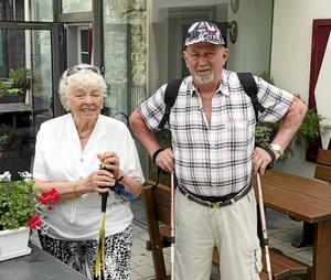 Gunvor och Lasse Sundberg är personerna bakom denna lyckade resa till Alperna som SPF-föreningarna i Älvdalen och Mora nyligen genomfört.