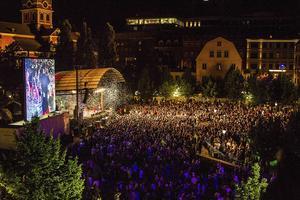 Panetoz på Kulturfestivalen We are Stockholm i Kungsträdgården 2015. Sexuella övergrepp mörkades av polisen. Av politiska hänsyn?