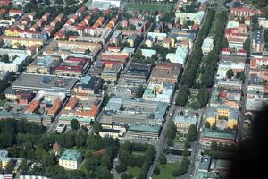 Sätt in ordningsvakter i centrala Gävle. Fotograf: Lasse Halvarsson