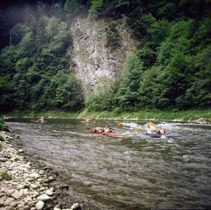 Rafting i strida floder.