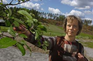 Anneli Hansson från ABF tycker det är fantastiskt med projektet som gör det möjligt för kunderna att själva bestämma om utformningen och innehållet i trädgården.
