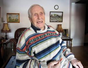John Brandberg fyller 85 år.