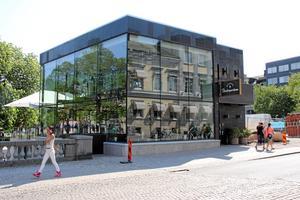 Nytt inslag i miljön. Debatten fortsätter om Brasserie Stadsparken.            Foto: Staffan Bjerstedt