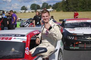 Fredric Magnusson körde stabilt och pendlade nästan hela tiden mellan placeringarna tre och fem.    Arkivbild