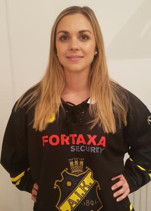 Anna Widing återvänder till AIK efter att hon skrivit på ett kontrakt över tre säsonger.