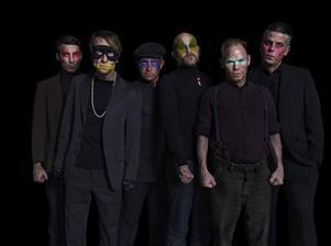 Medlemmarna i Bob Hund har hållit ihop i 20 år, och ser inget slut för bandet. Det senaste albumet släpptes i mars.