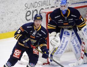 Tommy Enström och Magnus Åkerlund har imponerat under Sundsvall Hockeys tuffa period i Hockeyallsvenskan.