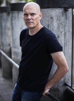 Jörgen Gassilewski är tillbaka med första romanen på elva år. Foto: Caroline Andersson