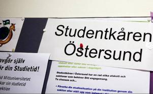 Studentkåren i Östersund har svårt att få fler engagerade studenter att hjälpa till med allt arbete.