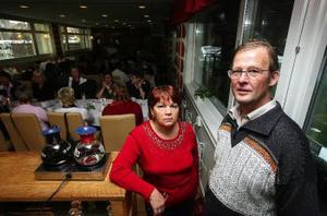 Marjo och Stefan Nilsson flyttar från arenan för att satsa helhjärtat på sitt utbildningsföretag.– Vi får lokaler som är mer anpassade till utbildningsverksamhet, säger Stefan Nilsson.