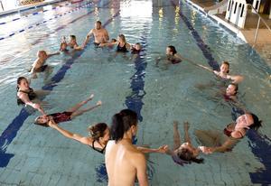 I lördags var det avslutning på den unika simskolan som Kometerna ordnat på Alnö simhall.