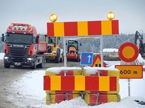 Arbetet med att förstärka vägsträckan pågår för fullt. Totalt berörs 8,5 km.