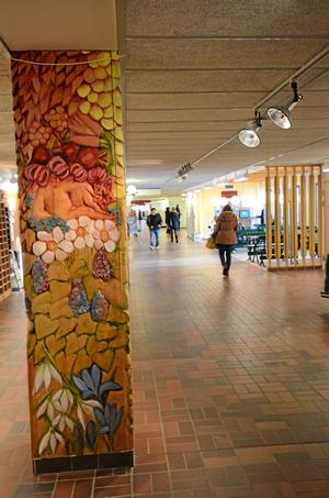 Omdebatterad skola. Korridor i Wadköpings utbildningscenter, WUC.Arkivbild: kATARINA hANSLEP