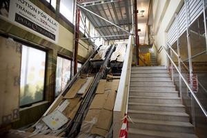 De nya rulltrapporna på Bryggeriet är på plats och kommer att monteras klart under en snar framtid.