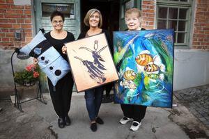 Karin Rosell, Catarina S Invaldsdotter och Britta mård visade upp sin konst på Wasabryggeriet i Borlänge.