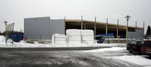 Bygget av Willys nya butik i Hemsta pågår för fullt.